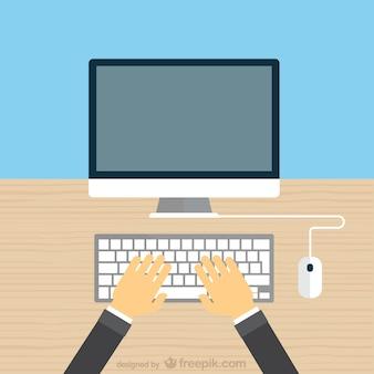 Mains tapant sur le clavier