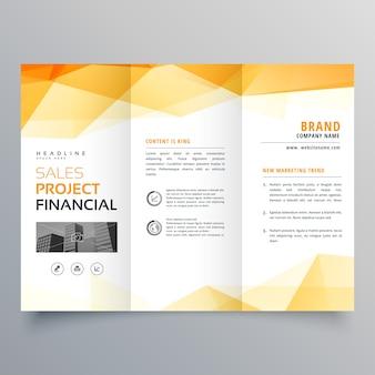 Modèle de conception de brochure créative trifoliée orange abstraite