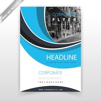 Modèle de conception de couverture de brochure en forme bleue