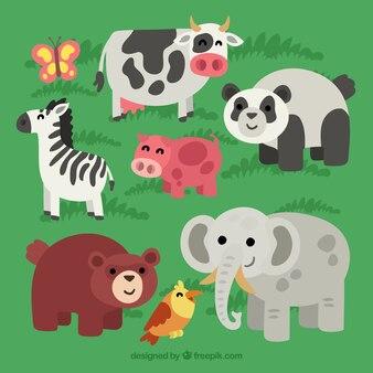 Pack d'animaux heureux dans la nature