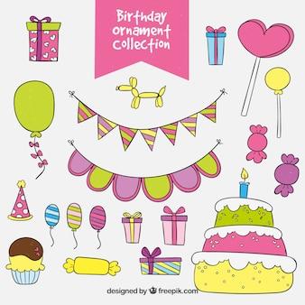 Pack de gâteaux avec des éléments d'anniversaire dessinés à la main