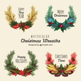 Paquet de quatre couronnes de Noël dans le style d'aquarelle
