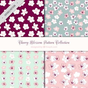 Paquet de quatre motifs de fleurs de cerisier