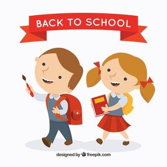 Retour à l'école avec des enfants heureux