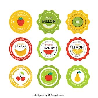 étiquettes de fruits arrondis dans un style vintage