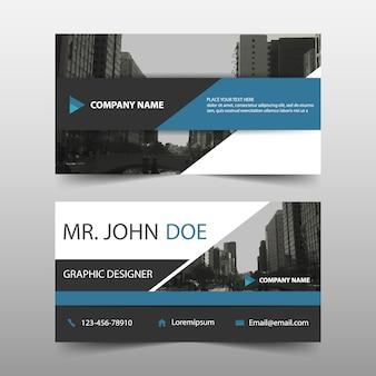 Triangle bleu modèle de carte de visite d'entreprise