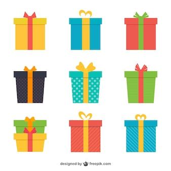 Variété de cadeaux colorés