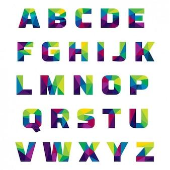 Alfabeto colorido hecho de formas poligonales