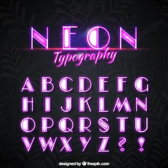 Alfabeto de luces de neón rosa