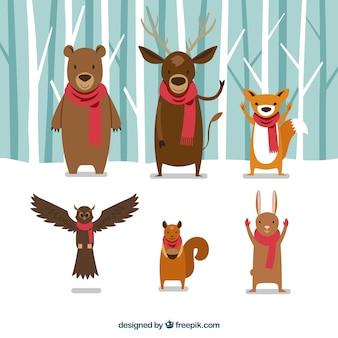 Animales del bosque con bufanda roja
