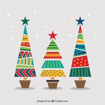árboles de navidad geométricos y coloridos