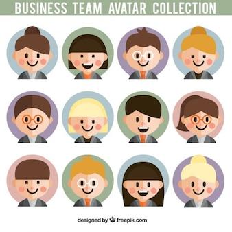Avatares de un equipo de trabajadores de dibujo