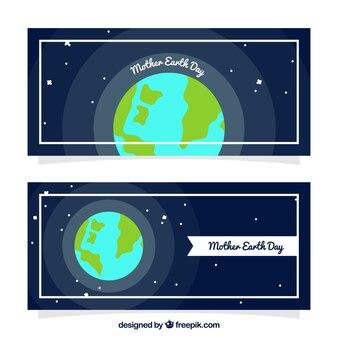 Banners azul oscuro con la madre tierra en diseño plano