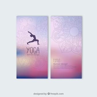 Banners coloridas de yoga
