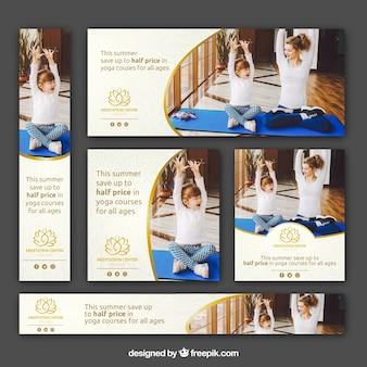 Banners de clases de yoga de verano