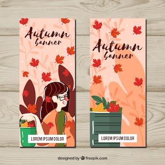 Banners de otoño con hojas y mujer sonriente