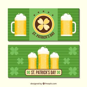 Banners de rayas con cervezas para el día de san patricio