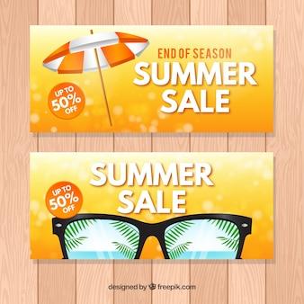 Banners de rebajas con accesorios de verano