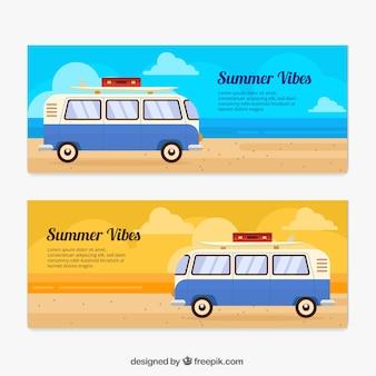 Banners de verano con caravana en diseño plano