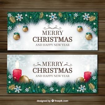 Banners decorativos de hojas de abeto y adornos navideños