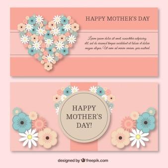Banners del día de la madre de bonito corazón hecho de flores