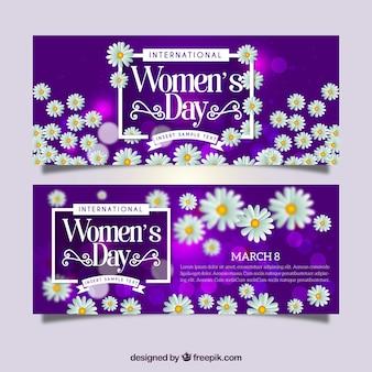 Banners morados con margaritas realistas para el día de la mujer