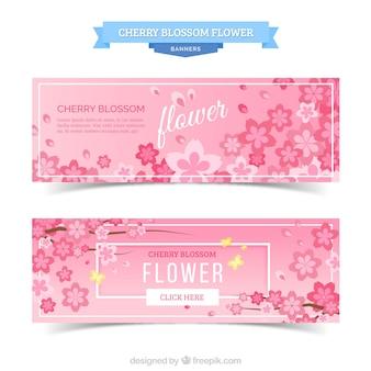 Banners planos con flores rosas bonitas y mariposas