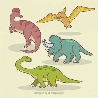 Bocetos de diferentes dinosaurios
