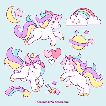 Bocetos de unicornio con adorables elementos