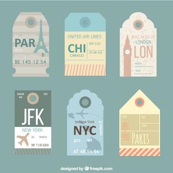 Bonitas etiquetas de viaje en estilo vintage
