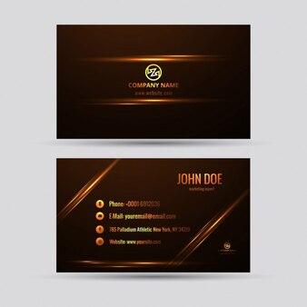 Brillante tarjeta de visita con detalles dorados