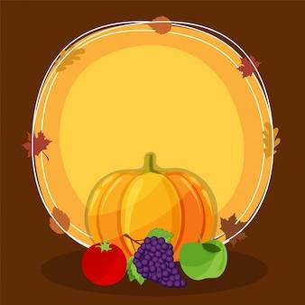 Calabaza brillante, tomate, uvas y manzana verde sobre fondo abstracto.