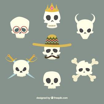 Calavera con sombrero mexicano y otras