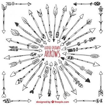 Círculo hecho de flechas dibujadas a mano