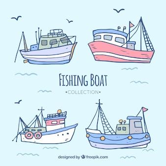 Colección de barcos de pesca dibujados a mano