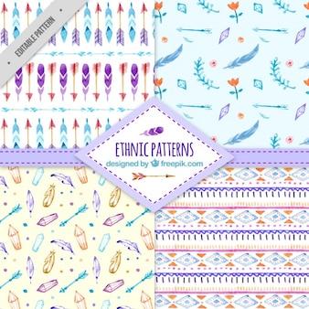 Colección de bonitos patrones étnicos de acuarela