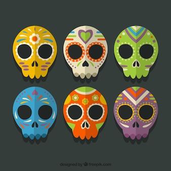 Colección de calaveras mexicanas de colores