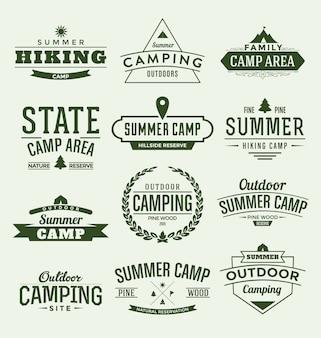 Colección de etiquetas de campamento de verano