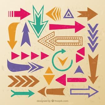 Colección de flechas de colores en estilo vintage