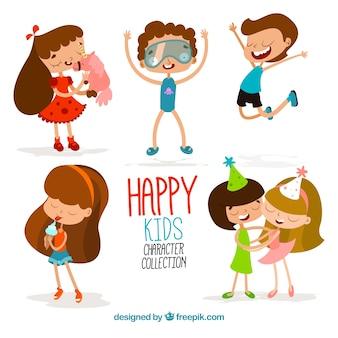 Colección divertida de niños felices de dibujos animados