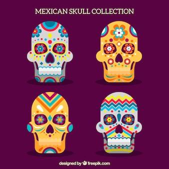 Colección impresionante de cuatro calaveras mexicanas