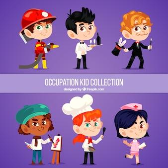 Colleción de niños trabajando