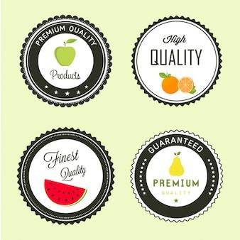 Cuatro etiquetas de frutas