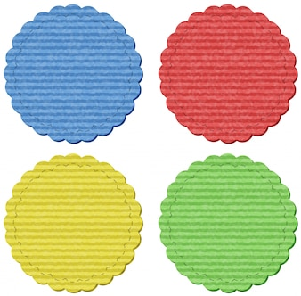 Cuatro etiquetas redondas en cuatro colores