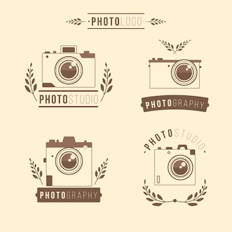 Cuatro logos de cámaras dibujados a mano