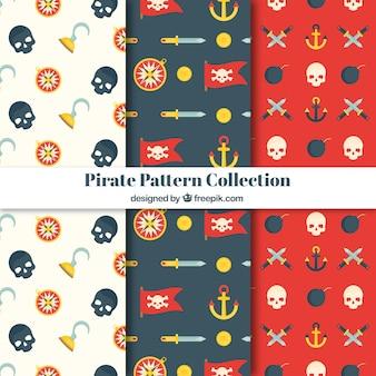 Decorativos patrones de piratas en diseño plano