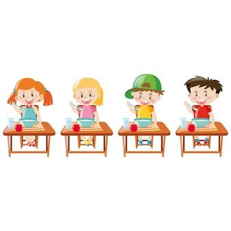 Diseños de niños comiendo