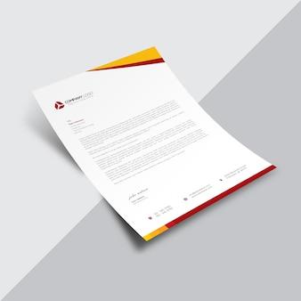 Documento de negocios blanco con detalles naranjas y rojos