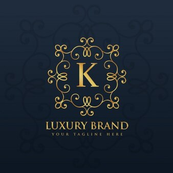 Elegante logotipo ornamental con la letra k