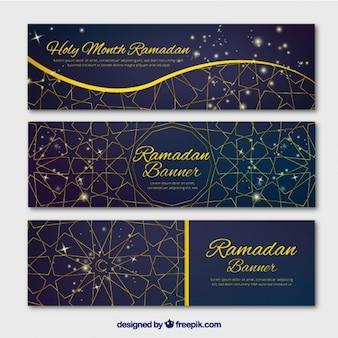 Elegantes banners geométricos de ramadan con detalles dorados